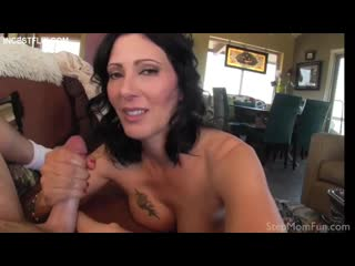 Zoey Holloway - I Should Show You The Best Way - StepMomFun