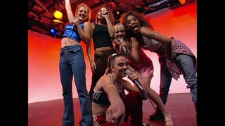 Spice Girls - Wannabe live @ London Tonight 02-07-1996
