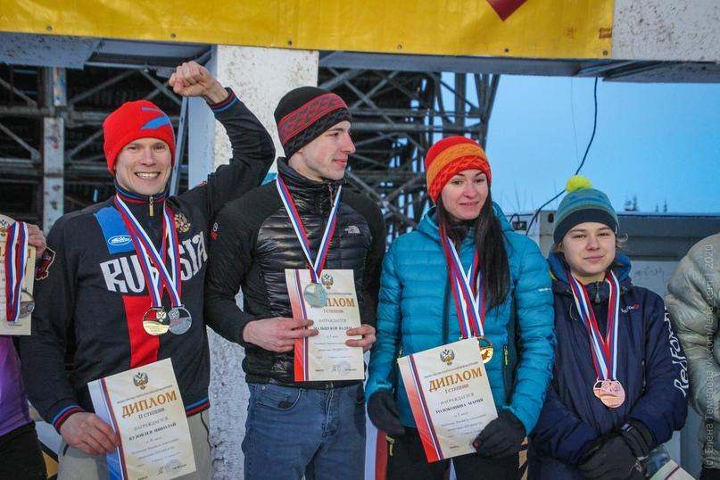 Главные отечественные ледолазные старты сезона финишировали в городе Кирове в минувшие выходные – чемпионат и первенство России по альпинизму. Всем было что доказывать и что терять…, изображение №68