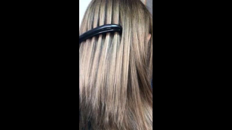 👌🏻❗ Наше желание для клиентки рельефное окрашивание и сохранение качества волос значит как обычно работаем красителями Важно помнить что при высокой констрастности много блонда в сложной технике большой процент по отношению к натуральной или косметической базе будет требовать более частой коррекции обновления чем более рельефная техника с меньшим процентом блонда 💜Корень 6 0 уровень глубины тона плюс седины более 40% 🧡 Длина обесцвеченные пряди 🌀 Обесцвечивание суперблондом 12 00 ряд 30 V 1 к 2 🌀Реконструкция волоса с коллагеном и аминокислотами 🌀Тонирование в мойке 9 22 3 ч 9 80 1 ч 1 5 % 1 к 3 капли шелка 🌀2 жемчуг 8 фиолет 🌀Натуральная база не окрашивалась Использовали продукцию Эрайба 👌🏻Работы наших студентов курс колористики Мир цвета Welcome на обучение ❤❤❤ Или на обслуживание ❤❤❤❤ Работы выполняются на красителях премиум класса Испания Италия и экобрендах Франция 💜➡ haircutseducationlg 📌💈✂Профессиональные инструменты ножницы машинки фены расчески пеньюары и т д материалы и препараты ведущих брендов Европы вы можете приобрести в нашем магазине на базе учебного центра Наш магазин luginstrument Группа по обучению haircutseducationlg Instagram pankova victoria thebarber max Вк pankovaviktoria thebarber max ☎Телефоны 380666783030 МТС 380721352406 Лугаком Viber обучение 380950456111 МТС продажа косметики инструмента и обучение 380959262880 МТС ремонт ukraine lugansk украина луганск викторияпанкова луганск колористлуганск окрашиваниеволосЛуганск обучениепарикмахерскомуискусству обучение курсы семинар курсыколористика колористика лечение окрашивание причёски стрижки стрижка стрижкалуганск мужскаястрижка барбер barber барбершоп barrbershop машинки инструмент ножницы заточка ремонт ремонтинструмента парикмахер elegance uppercut reuzel bluebeardsrevenge wahl andis babyliss moser kiepe jaguar kedake proline виталитисукраина колорист колористлуганск парикмахерлуганск окрашиваниеволослуганск hairstyle color луганск лнр луганск викторияпанкова колорист колористикаобучение п