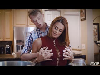 Thanksgiving Stuffing - Juliet Russo - Mylf - November 22, 2020 New Porn Milf Big TIts Ass Step Mom Sex HD Brazzers Mature Hard