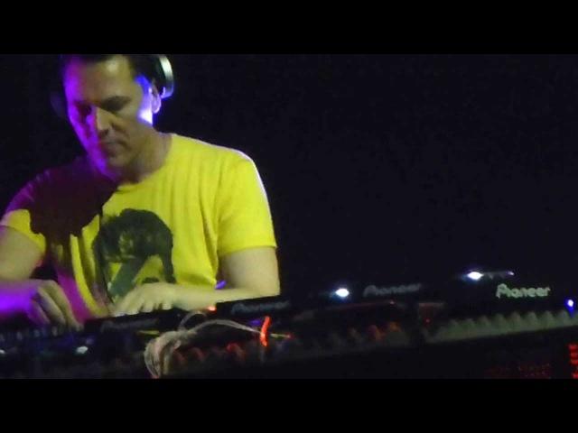Tiësto @ Monterrrey 2013 - Love Comes Again (BlasterJaxx Remix)