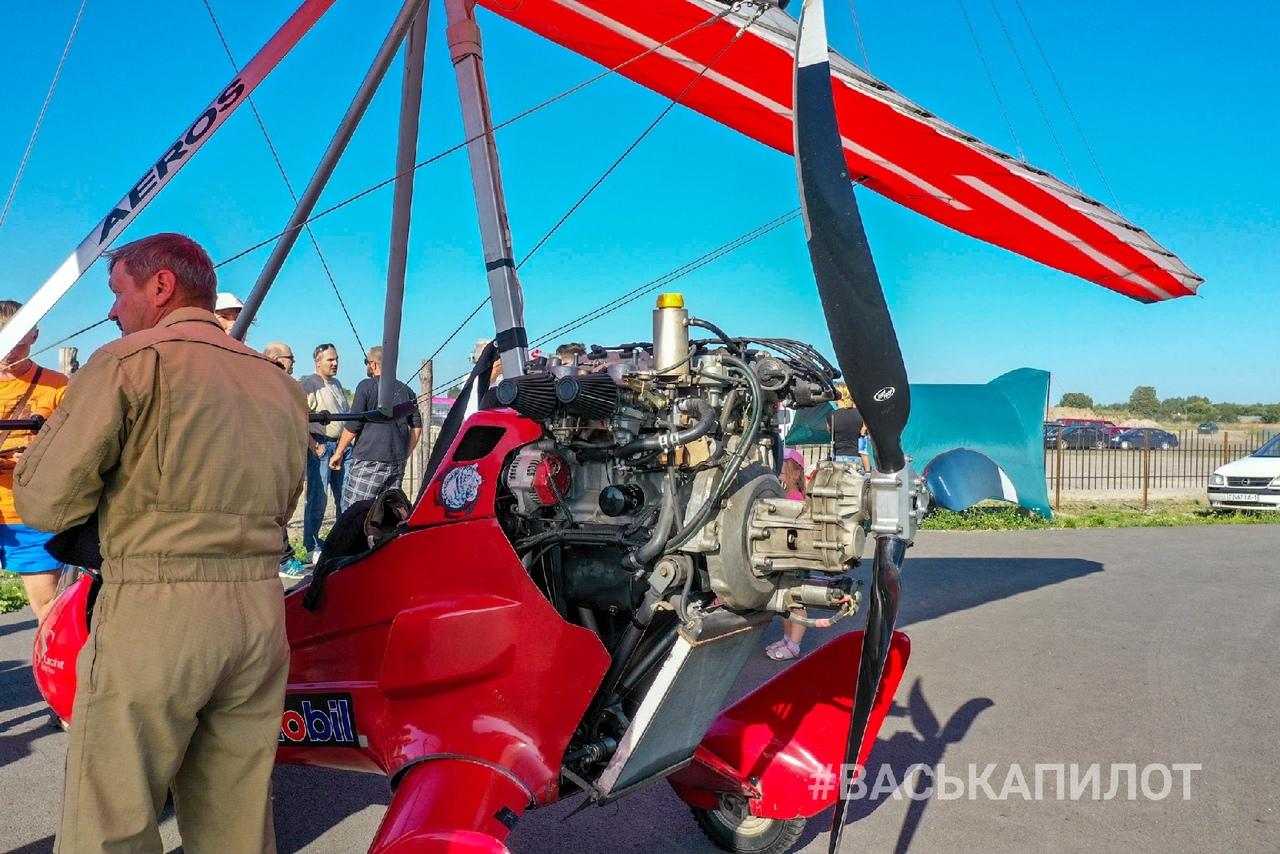 В Косичах можно было полетать на самолёте или мотодельтаплане. Почём небо?