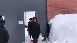 Координатор штаба Марина @M_Evdokimova17 Евдокимова вышла из спецприёмника после 28 суток ареста! - - Не обошлось без п