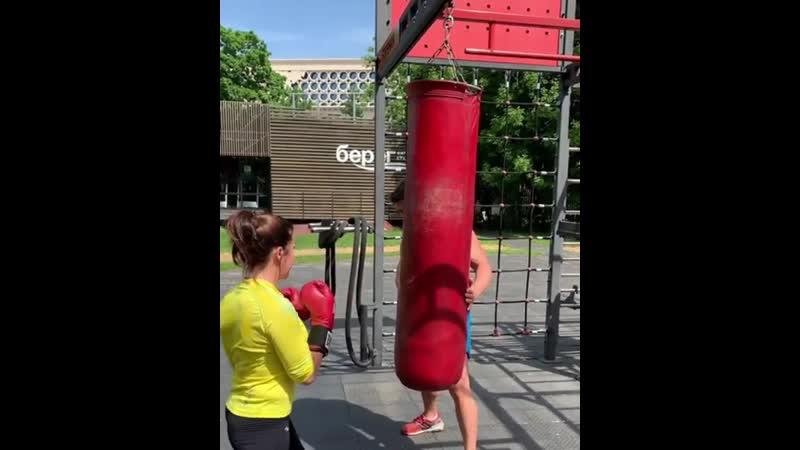 🎬Ударные тренировки для девушек в фитнес-студии «Берег» в Лужниках! Отправляем тысячу калорий в нокаут за тренировку🥊
