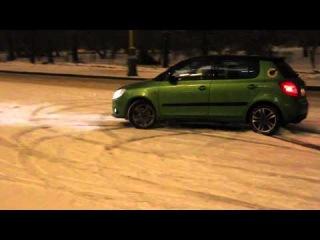 Skoda Fabia RS with Mita snow chains