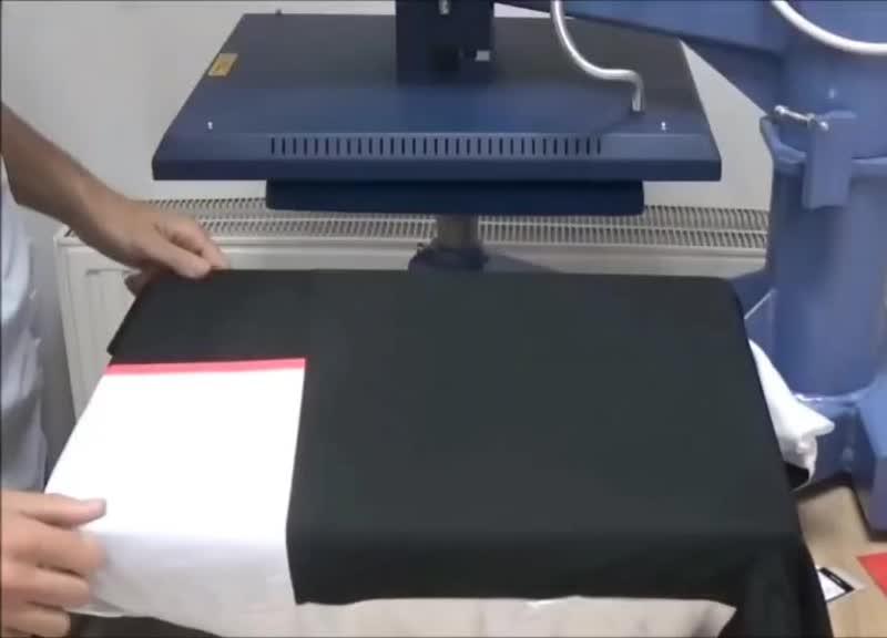 Нанесение фамилии и номера на футболку