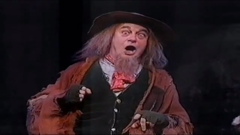 Roy Hudd and Patti LuPone You´ve Got To Pick A Pocket Or Two I´ll Do Anything For You OLIVER