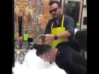 Когда парикмахер батя твоей подруги