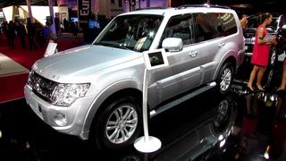 2012 Mitsubishi Pajero 30th Anniversary Edition - Exterior and Interior Walkaround - Paris Auto Show