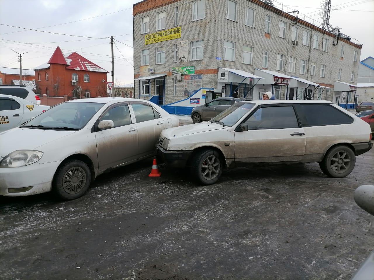 11 ДТП произошло в Куйбышевском районе с 10 по 16 ноября, и