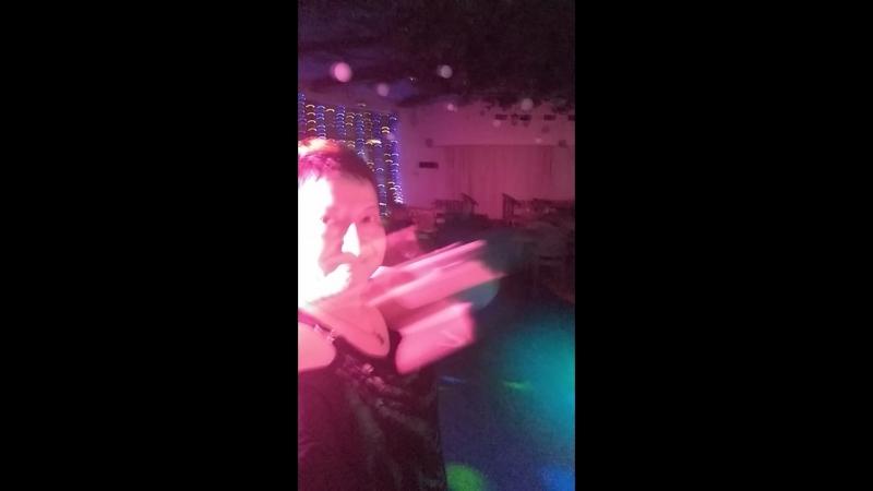 Танцуем в баре Гелиопарка Лесной.