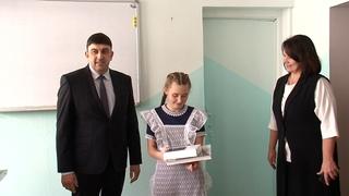 Максим Пекарский поблагодарил за самоотверженный поступок школьницу Лизу Маслакову