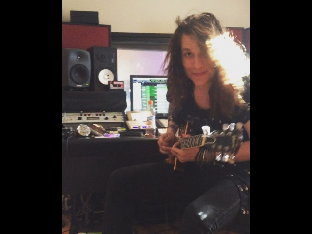 "Johnny Cruz on Instagram 🔝🔝🔝 @gibsonguitar @emgpickups soldano marshall santacruzband cover guitarsolo"""