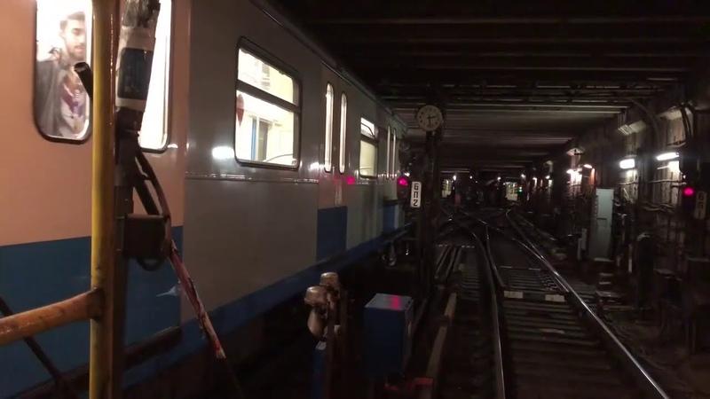 81 760 761 Ока в оборотном тупике за станцией Новоясеневская
