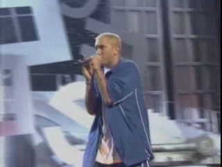 Eminem - Without Me (Live @ MTV Movie Awards) (2002)