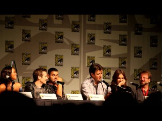 Castle Panel, Comic-Con 2010: Nathan Fillion and Stana Katic read from Heat Wave