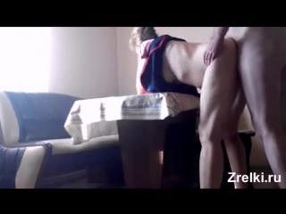 Зрелую соседскую мамашу трахает любовник раком на кухонном столе mature shy neighbor mommy hard anal fuck with old lover. parent