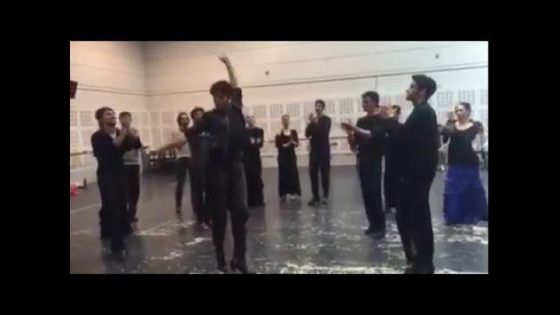 Boys can dance too at the Ballet Nacional de España