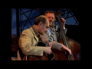 Joe Pass & Niels-Henning Orsted Pedersen - Tricostin - LIVE