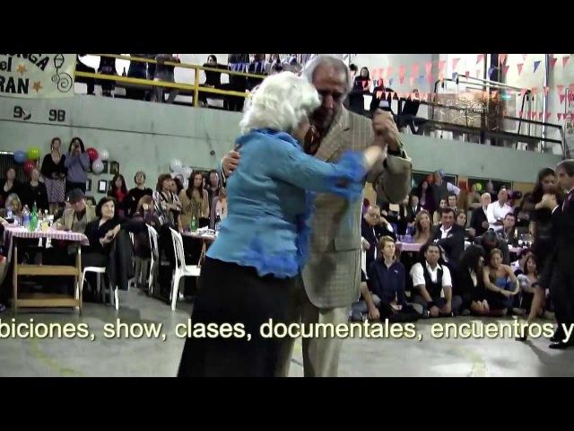 The oldest milongueros on dancing floor. VIDEO 1 Milonga El Morán los mas viejos milongueros