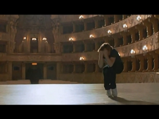 Михаил Барышников танцует под песню Высоцкого