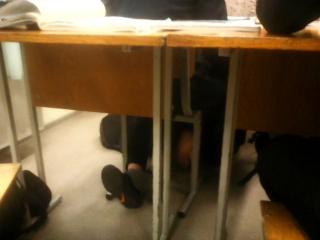 Смотреть онлайн Карина сосёт член учителю перед контрольной по физике бесплатно