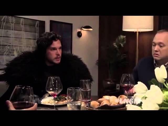 «Игра престолов» Джон Сноу на ужине у Сэта Мейерса (с переводом)
