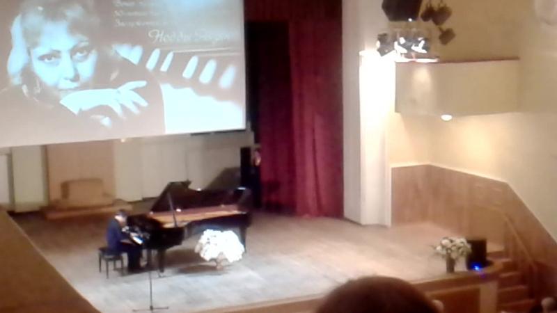 на юбилейном концерте Недды Аязян Александр Доронин Ярославль I премия Золотой Щелкунчик