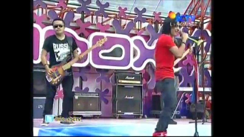 Setia Band - Stasiun Cinta (Live)