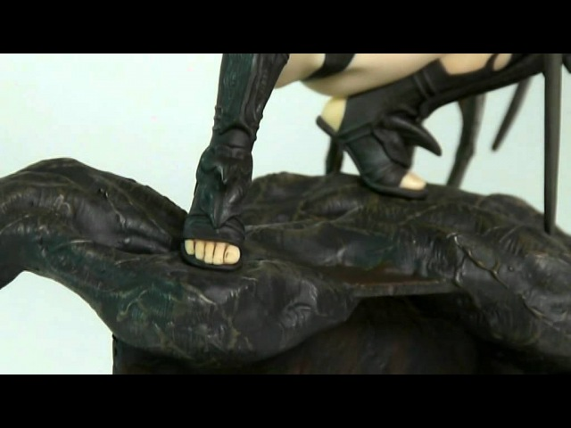 Black Tinkerbell by Luis Royo PVC Statue Fantasy Figure Gallery