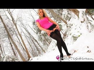Candice collyer winter