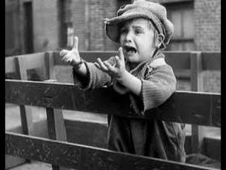 The Kid (1921) Charles Chaplin, Edna Purviance, Jackie Coogan