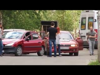 Конфликт закончился разбитым стеклом автомобиля. Северодвинск