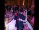 Танец невесты с отцом - самый трогательный момент на свадьбе. Вот и невеста рон 640 X 640 .mp4