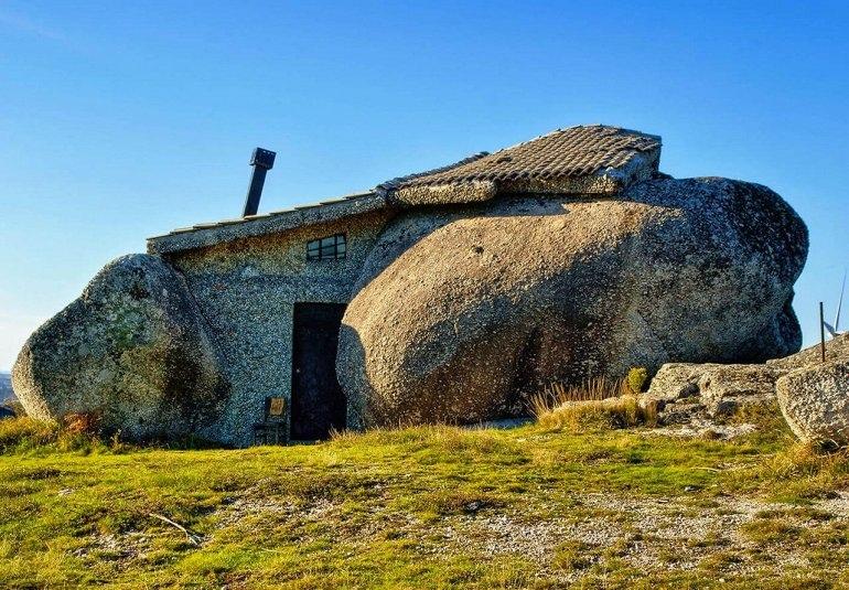 Каса Пенедо - португальский Каменный Замок, изображение №2