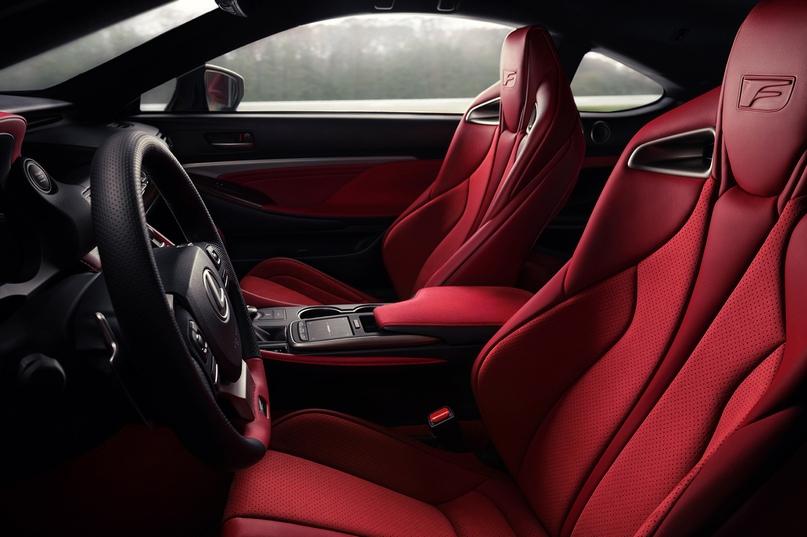 Обновленный Lexus RC F и трековая версия из карбона, изображение №15