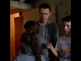 Многодетная семья беженцев в Татарстане не может получить гражданство.