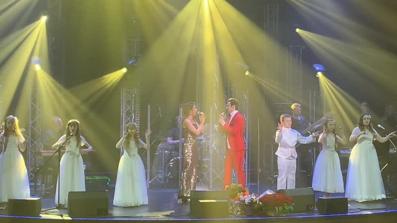 Маргарита Позоян и Александр Еловских Два любящих сердца в Vegas City Hall