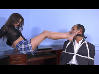 Здесь правят девушки! worship, bondage, foot fetish, male subjugation, flogging (сборник разных сцен)