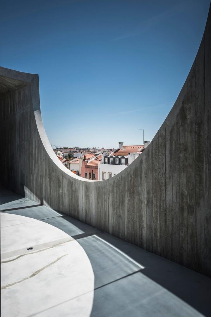 House In Estrela, Lisbon, Portugal By Aires Mateus
