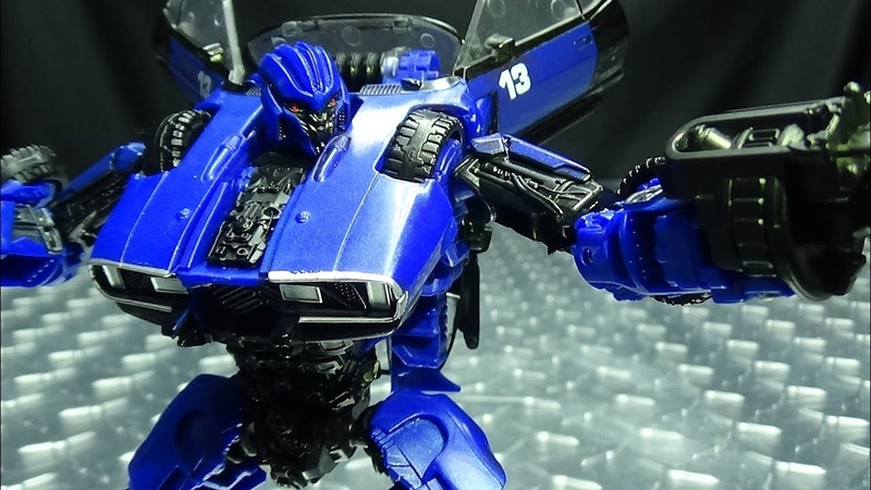 Studio Series Deluxe DROPKICK EmGos Transformers Reviews N Stuff