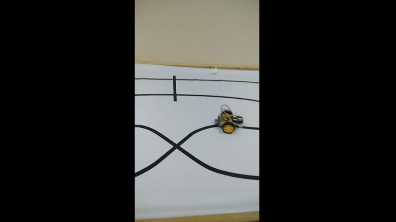 Безмозглый Робот LineFollower
