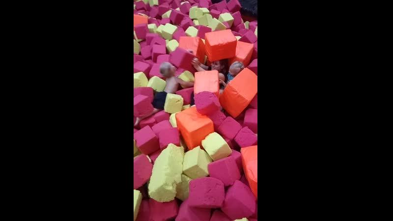 Дима в кубиках 2