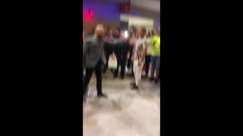 Аэропорт Вегас, Ирландцы и Даги