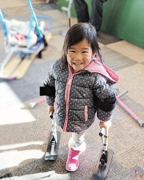 Габи приемная девчушка, прошедшая через серьезные заболевания, но нашедшая счастье в новой семье