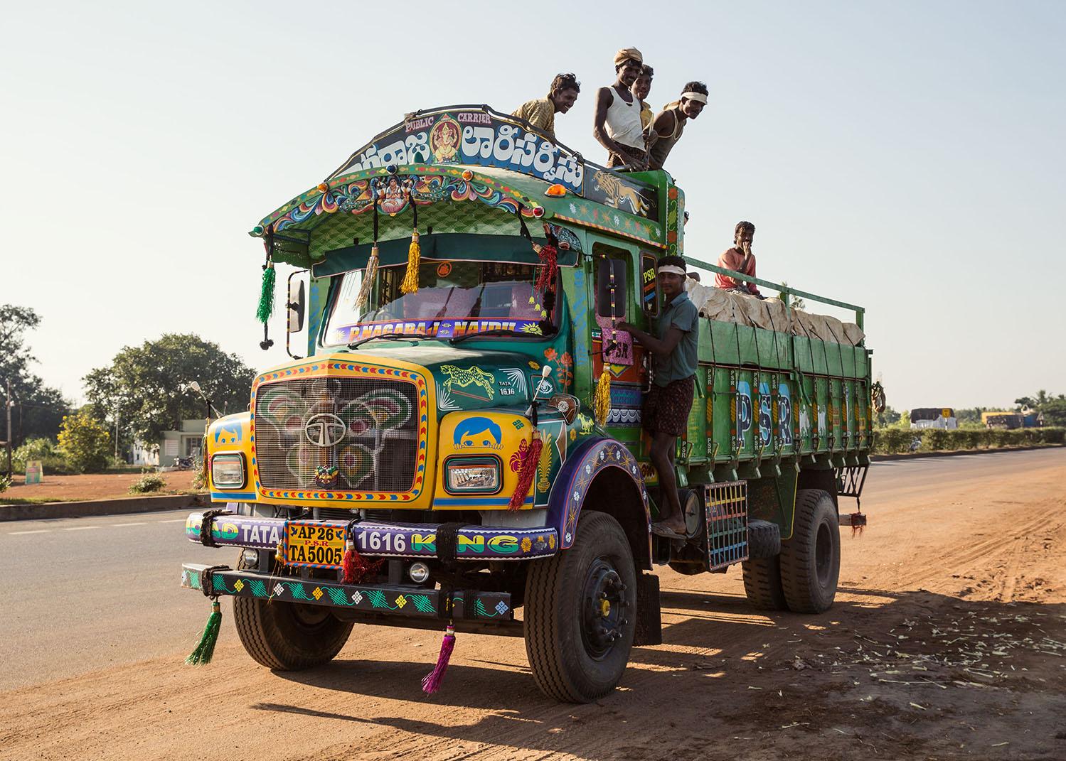 грузовик индия