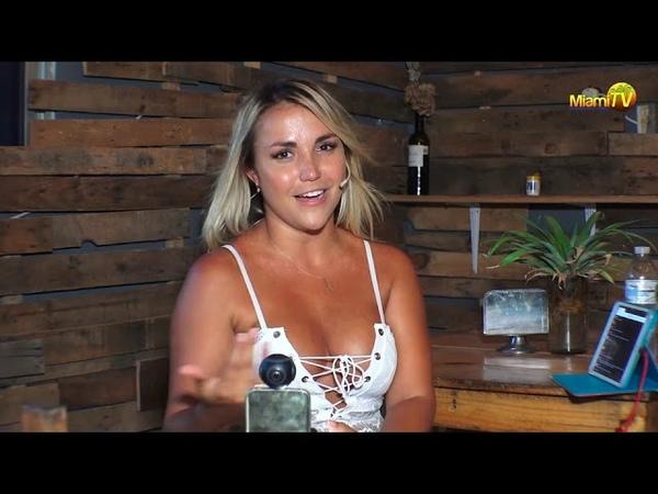 Ngọc Trinh Sexy đi thảm đỏ LHP Cannes sao bằng em này các bác - Jenny Scordamaglia 14
