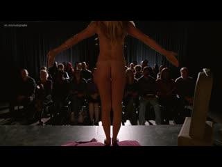 Кристен Уиг (Kristen Wiig) голая в сериале Никто (Nobodies, 2018)(эротическая постельная сцена из фильма знаменитость ))