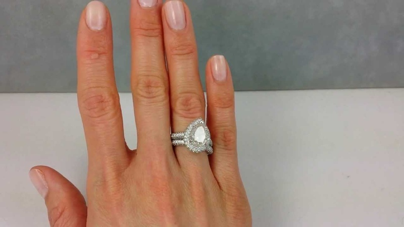 5.02 ctw Pear Shape Diamond Engagement Ring and Wedding Band Set G/SI3-I1